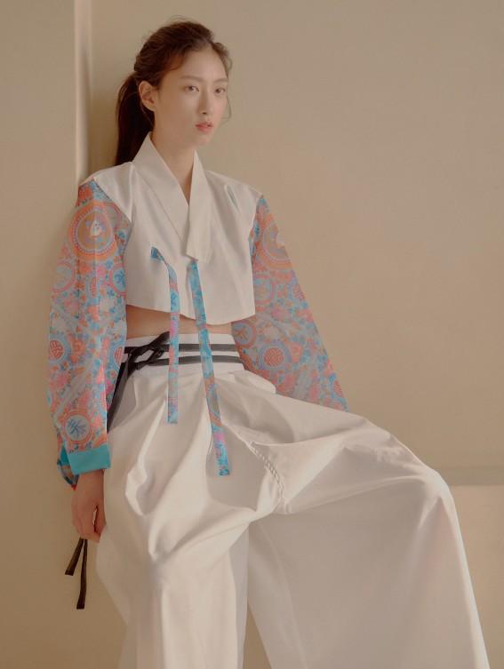 Korean sustainable fashion brand Danha 11