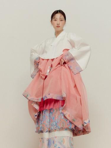Korean sustainable fashion brand Danha 9